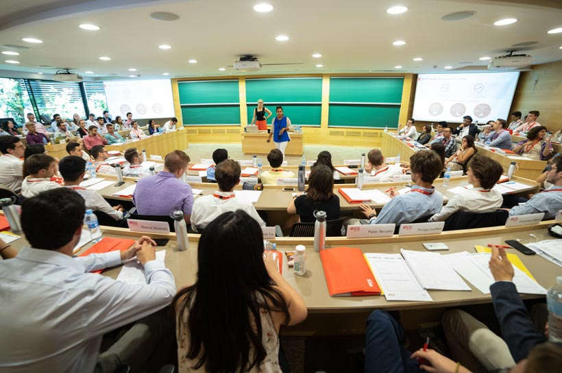 Young Talent Path | IESE Business School
